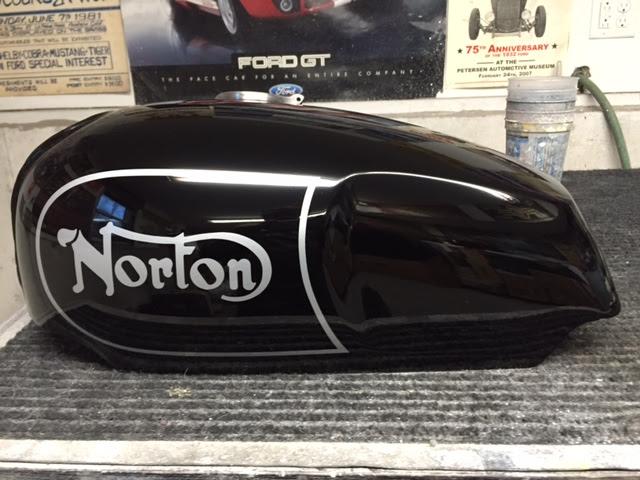 NortonCommandoTank22