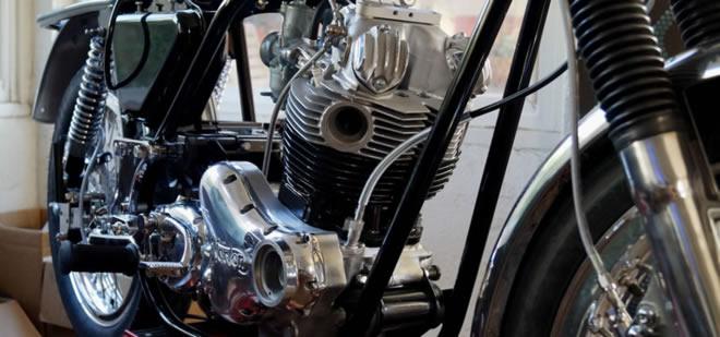 Mk111 Norton Commando motor in frame